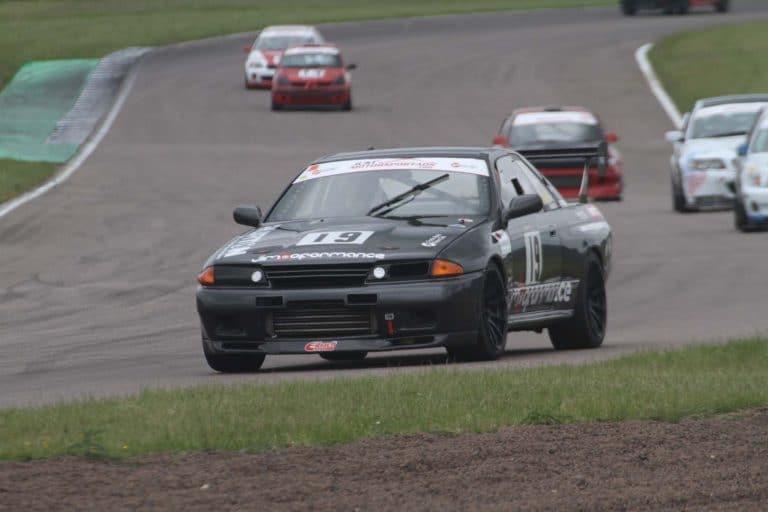 Nissan Skyline racing